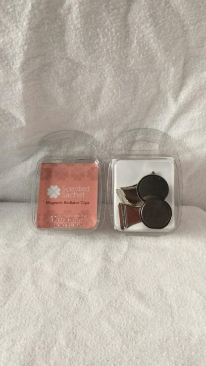 Pack of 2 Radiator clips for Scent Sachets